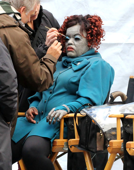 percabeth61:  Yvette Nicole Brown becoming a Gray sister on the set of Percy Jackson: Sea of Monsters