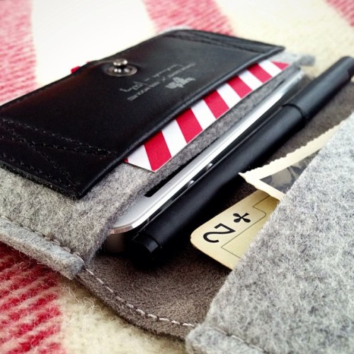 iPhone Fold Wallet / Smoke #hardgraft