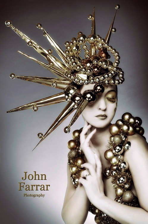 londonwarrior:  Christmas ornament couture  Photographer, John Farrar