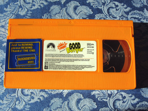 OH MY GOD THE NICKELODEON VHS' WERE ORANGE I COMPLETELY FORGOT ABOUT THAT