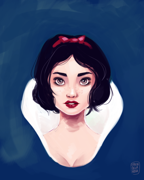 Crosseyed Snow White is looking at you