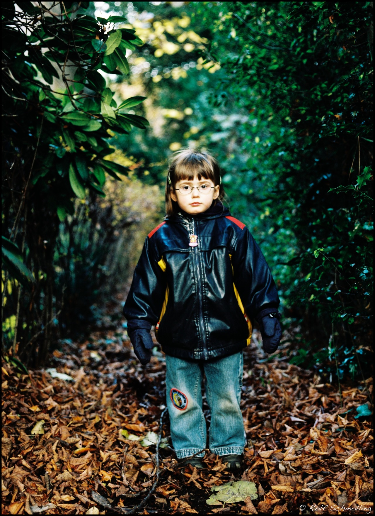 Standing Still. November 2012 on Flickr. Zenza Bronica ETRSi (645) 2.8/75 MC on new Kodak Portra 400 @200, developed and scanned by Open-Eyes, Hamburg