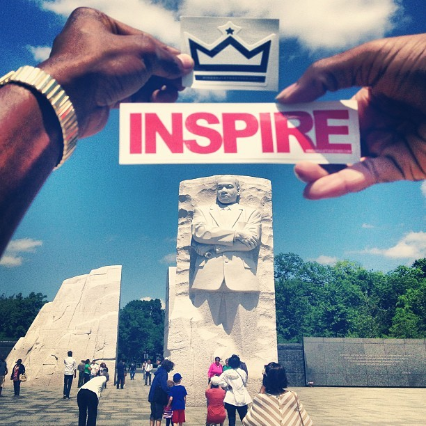 """Kings Inspire Kings"" #KingsInDC #drmartinlutherkingjr #akingsjourney #drking #King #kingsinspirekings #KRTstickers #inspire #kingsruletogether #KRT  (at Martin Luther King, Jr. Memorial)"