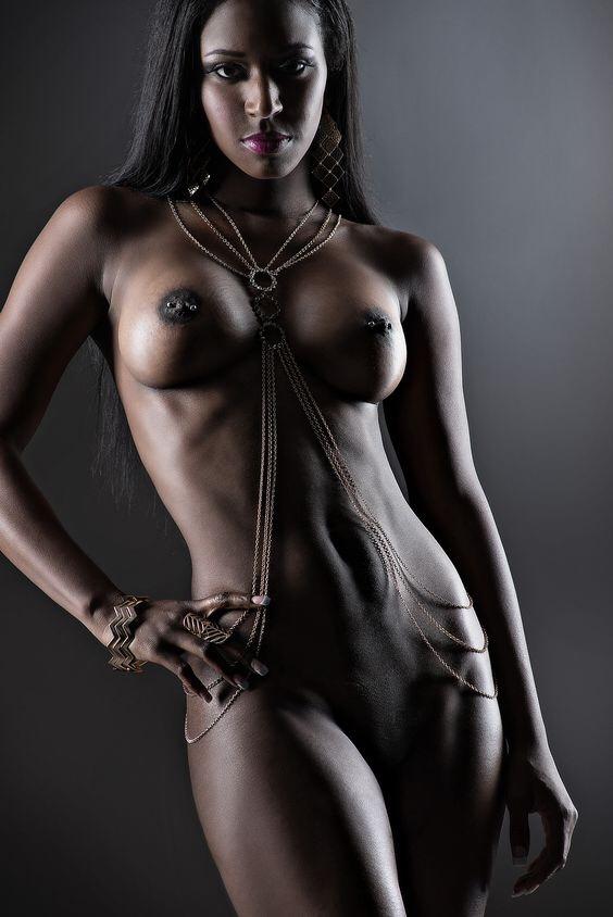 sexy ebony wet pussy