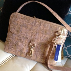 I just added this to my closet on Poshmark: Brand new Rebecca Minkoff mac laptop case. (http://bit.ly/13CQRQ1) #poshmark #fashion #shopping #shopmycloset