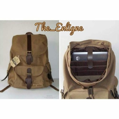 "Bonjour Bag Adrien Series. Only IDR 290.000 #Tas #Ransel #Bonjour #BonjourBag #Bag #Branded #Unisex #Male #Female #Boy #Girl #Brown #Cream #Blue #Green #Maroon #onlineshop #The_enligne #mundeditting #2013 #style #fashion #instabag #tangerang #jakarta #indonesia #jualan #olshop   -Tersedia 4 Macam Warna -Muat untuk Laptop 14"" -Free Ongkir Jabodetabek -Bonus Tempat Pensil (Selama Persediaan masih ada) -Cocok untuk Laki laki atau Perempuan"