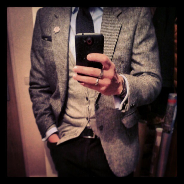 kleidsam:  Dressing the weather. #instafashion #style #menswear #men's style