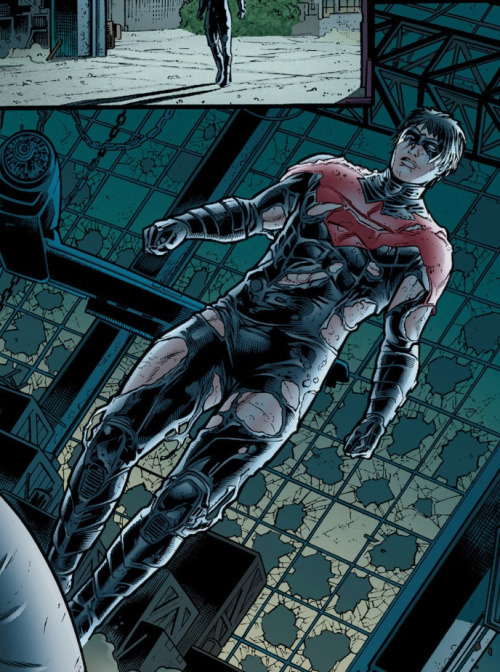 thecizco:  Nope, Nightwing isn't showing nearly enough skin.  still everyone's favourite Strong Female Character even after the reboot…