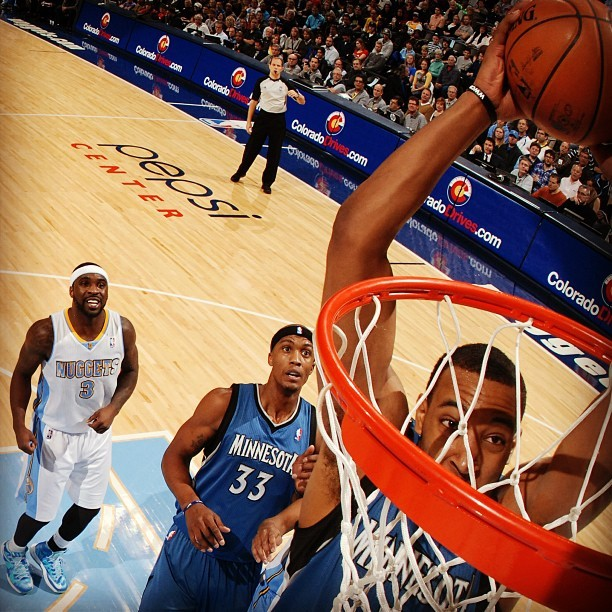 instanba:  #DerrickDunks! Williams goes in for the jam against the Nuggets last night. :: http://instagr.am/p/UE7bs3lmWR/  Derrick Williams will inspect your basketball equipment. hoopdiary.com