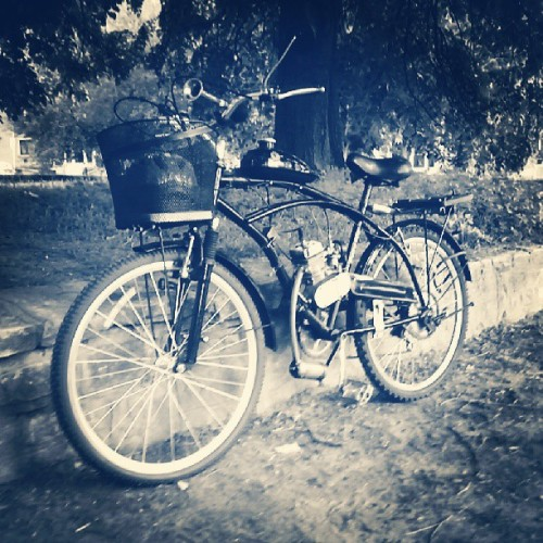 #moped #motorbicycle #urban #urbanlifestyle #park #monochrome