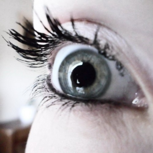 »The eyes are the mirror of the soul