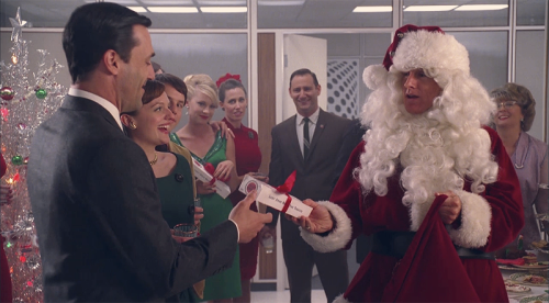 8 Ultimate Mad Men Gifting Moments (Part 2)