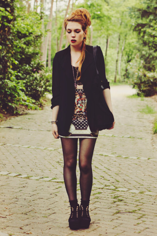 lookbookdotnu:  Another place to fall (by Silvy J.)
