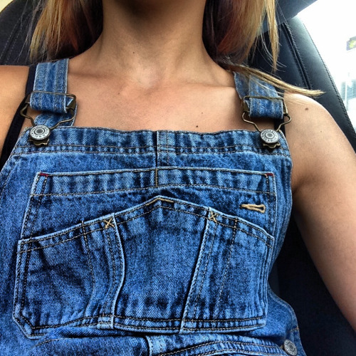 youthbliss:  i lost my overalls and it makes me sad