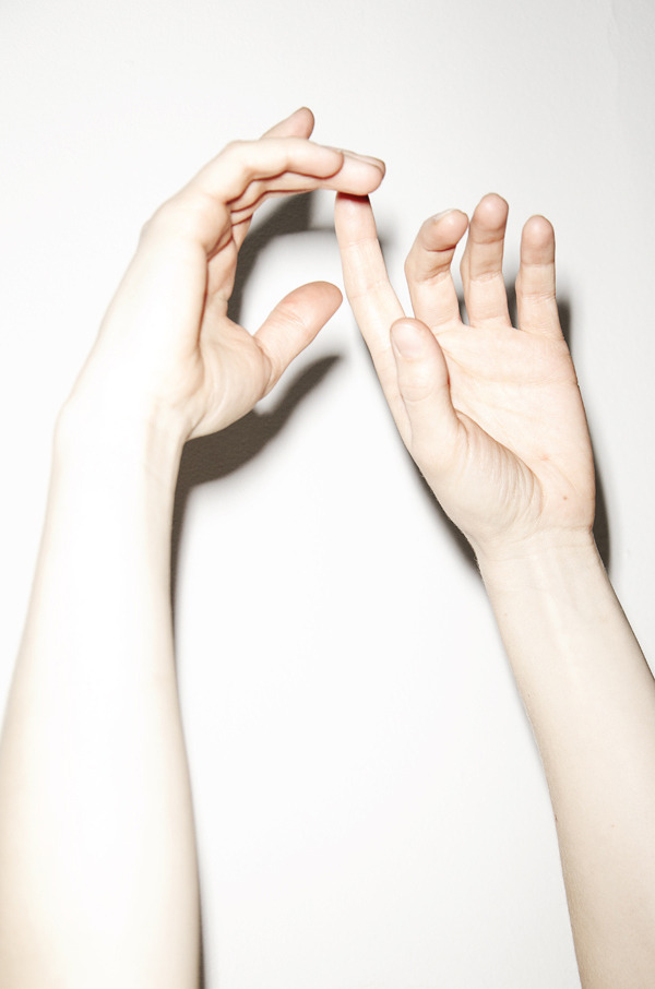 donaldj:  Untitled Hands by Bernhard Handick (via Untitled Hands)