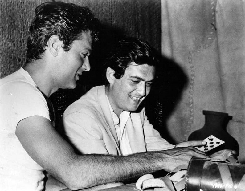 Tony Curtis shows director Stanley Kubrick some card tricks on the set of Spartacus  Saul Bass title sequence - Spartacus (1960)