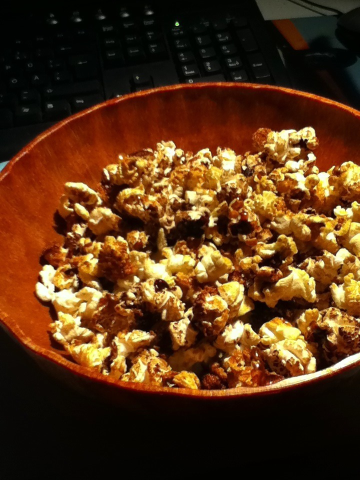 Today I've done the first time microwave popcorn. And I failed a bit. -_-