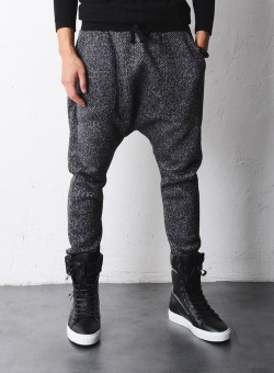 infamousvikas:  those pants are everything  I want those pants!!