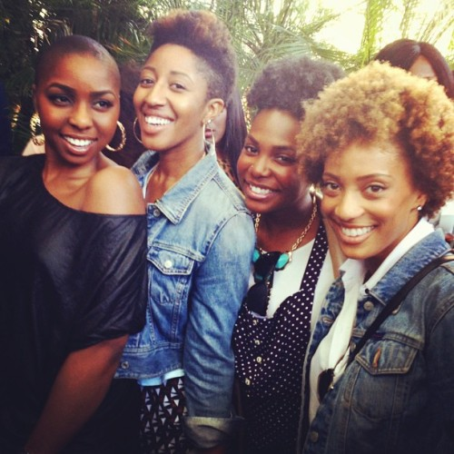 tloui:  These gals? I love. #everydaypeopleNYC #TurnUp