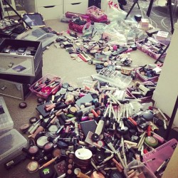 drugstoreprincess:  Eerily similar to my room right now… I'm trying to reorganize :/    I WISH