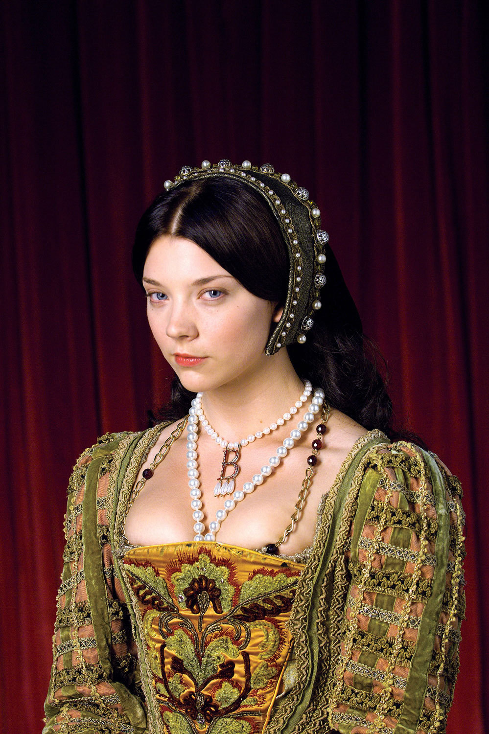 "medievalandrenaissancecostumes:  Anne Boleyn (portrayed by Natalie Dormer) in season 1 of ""The Tudors"""