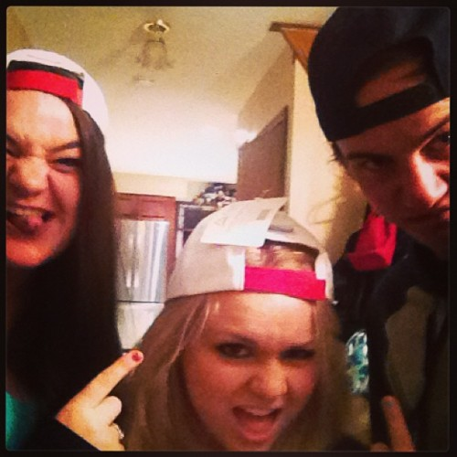 All our shit dope🎵 #bestfriends #snapbackswag @brendanwharton @sarahmcdonalld