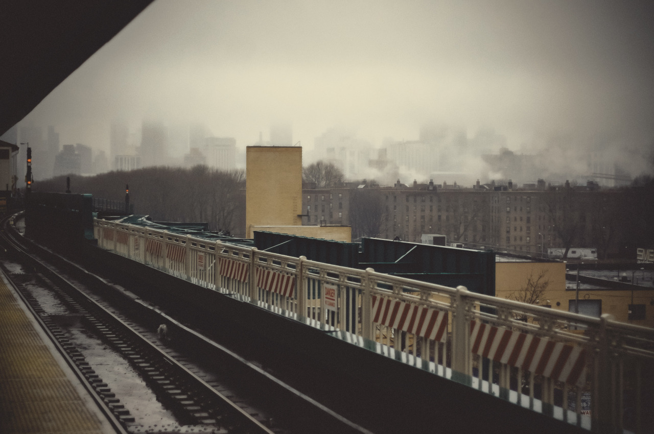 aedgephotos:  view from queens.