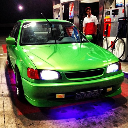 "Mean and green :"") #hooniganPH #hooning  #sbak  #ae111  #toyota  #rollas  #car #igcars  #carclub  #carporn  (at petro slex)"
