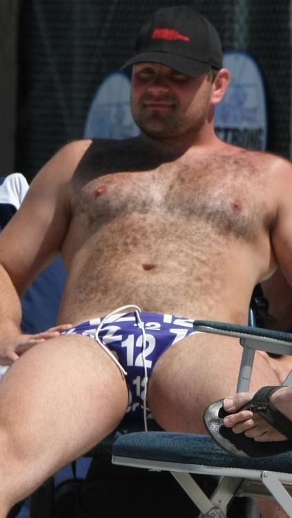 italianbisex:I love summer bears!