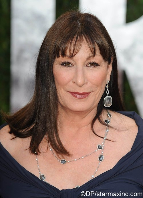 Anjelica Huston is named person of the year for her work to keep great apes out of the entertainment industry in addition to her outspoken opposition to the cruel fur and horse-drawn carriage industries!