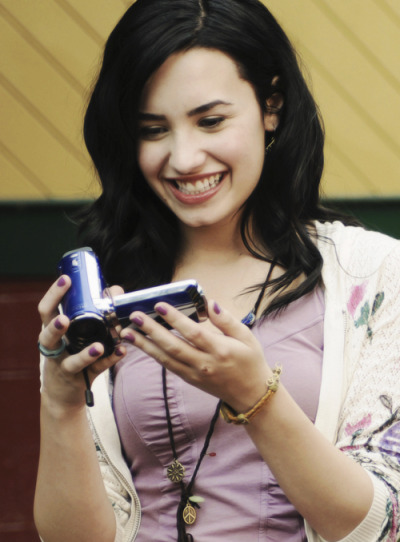 pinkvatus:  51/300 favorites pictures of Demi Lovato.