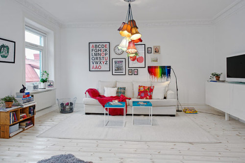 adorable-home:  Picture-perfect cheery apartment design