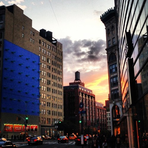Sunset over Bleecker Street #nyc #lovenyc #newyork #sunset #noho #village #iphoneography #iphoneonly #photooftheday #picoftheday #city #streets #urban #reflection
