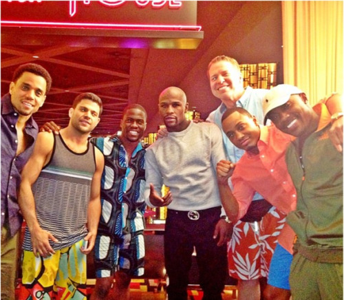 ilovemichaelealy:  The Men of TLAM2 w/ Floyd mayweather