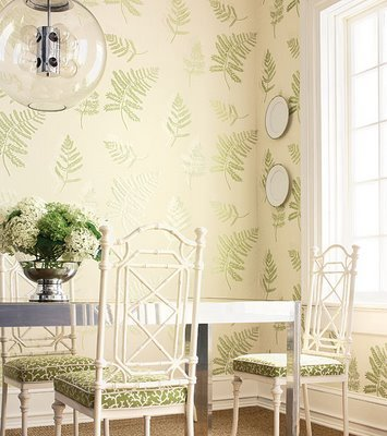 Love the fern wallpaper and light fixture! MORE NATURE-INSPIRED DECOR IDEAS