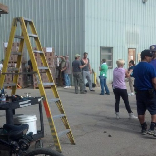 imhereforsookie:  Alex filming for True Blood season 6 argh…whats happening… original  NICE T-SHIRT.