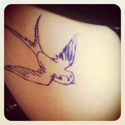 Excuse the thigh but the stencil is on, weeeeeew #tattoo #tat  #swallow #swift #cute #ink