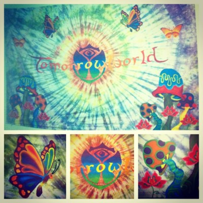 Order Custom Tapestries Show off your favorite musician or festival! Great for bedrooms, dorm rooms, and to take to summer music festivals!  Order online at angelaleberte.com Order online at angelaleberte.com Order online at angelaleberte.com