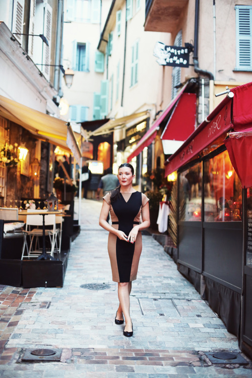 annstreetstudio:  Spending a day in Cannes with Chopard… dress by Dana-Maxx
