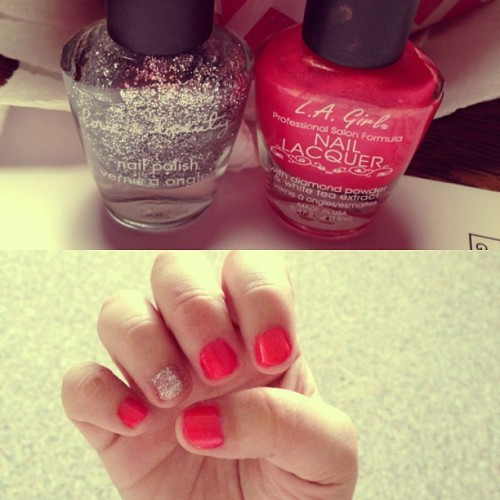 I thought I'd get a head start  on the weekend and paint my nails 💅😊 #happygirl #happy #cute #color #nailpolish #nails #pink #glittery #glitter #silver #silverglitter #lagirl #la #girl #girly #love&beauty #love #beauty #pampering #welldeserved #well #deserved #naillacquer #lacquer #pretty #love #fashion #style #instacollage