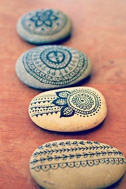 motleycraft-o-rama:  India Ink Zen Stones By The Lovely Harbour on Etsy