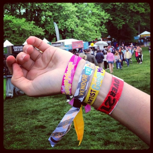 .@siobhandubs has all the wristbands! (at Great GoogaMooga)