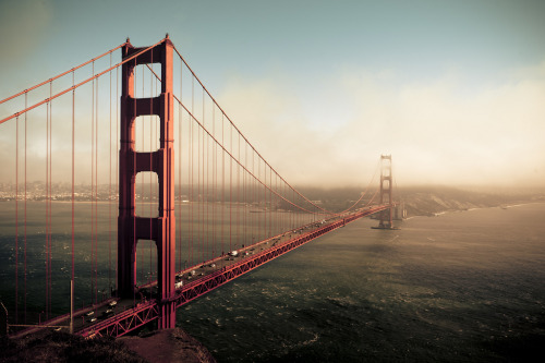 brutalgeneration:  keep posting GGB (by songallery)
