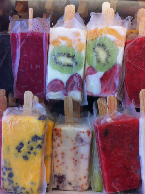 m-ildawn:  fit-at-heart:  Totally making my own popsicles this summer!  yumm