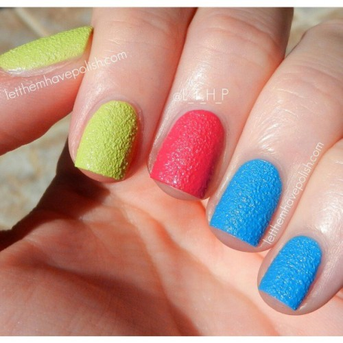 On the blog today I have this fun, multi colored look featuring some of the new @chinaglazeofficial Texture polishes. For more details head to the link in my bio! #officialletthemhavepolish #chinaglaze #nails #nailpolish #texturednailpolish #texturednails #colorful #nofilter #cflbeautyblogger #beautyblogger #nailpolish