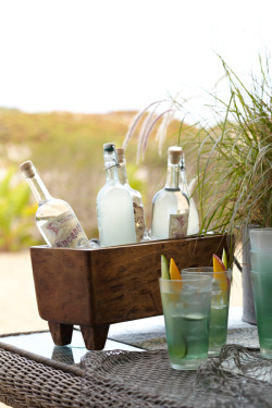potterybarn:  Sit back with summer sips