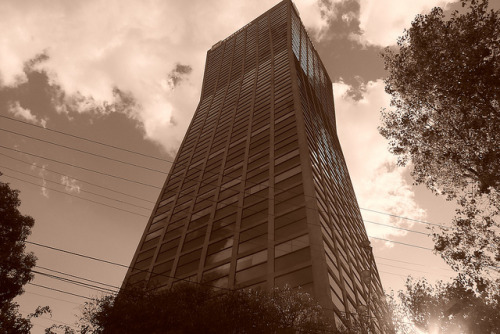Torre de Mexicana o Torre Axa on Flickr.