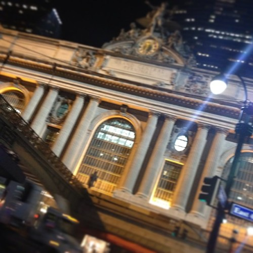 Summer kind of New York night. (at Grand Central Station)
