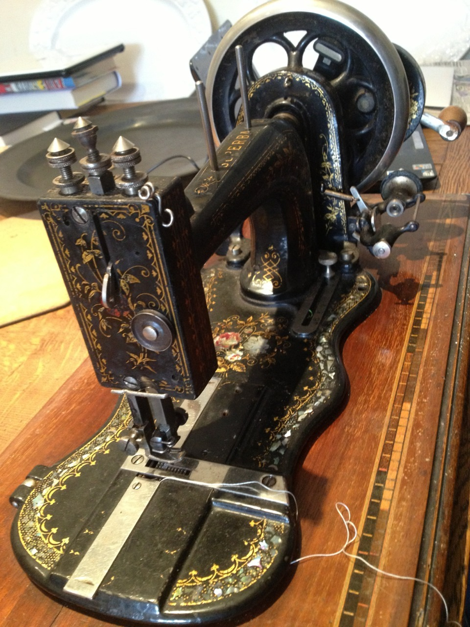 castironandcanvas:  New (150 years old!) sewing machine