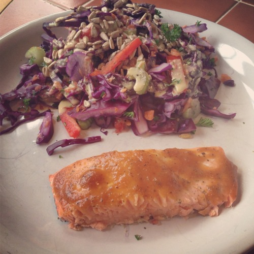 ginger glazed salmon. Cabbage, carrot, celery, parsley, red peppers, tahini lemon dressing, sunflower seeds!